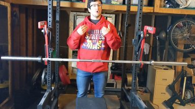 How to spot someone / get a good spot on the bench press (and the mistakes to avoid)