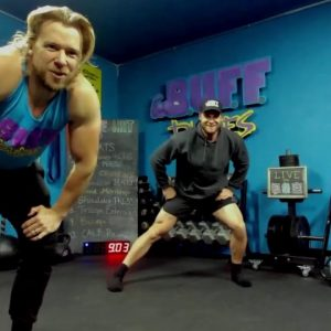 20 Min BODYWEIGHT OR DUMBBELL FULL BODY HOME CARDIO WORKOUT