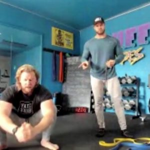 20 Min FULL BODY HOME CARDIO WORKOUT (Bodyweight or Mobility Bands)